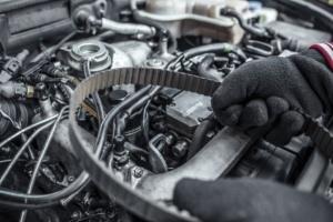 Car-Engine-Belt-Service-caroman-Hyderabad